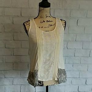"BKE ""The Buckle"" lacy top, like new"